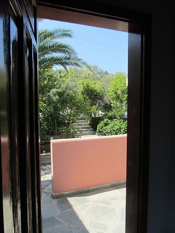 Blick aus dem Eingang